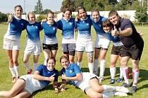 PETROVICKÁ DĚVČATA slaví vítězství na přeloučském turnaji elitní ragbyové série.