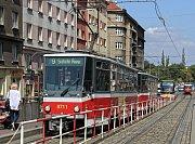 MHD v Praze- tramvaje. Typ Tatra T6A5.