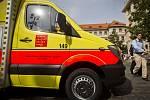 Osm nových vozů pražské záchranné služby bylo ve čtvrtek 18. září 2014 pokřtěno v Praze.
