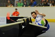 Bolelo to. Florbalisté Chodova zvládli úskalí zápasu s Mladou Boleslaví a poprvé vyhráli základní část superligy.