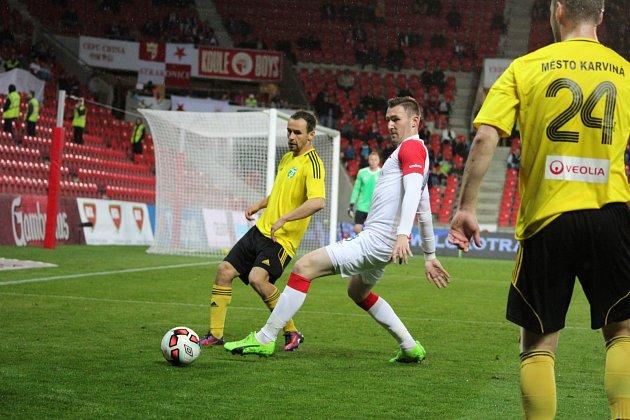 Slávisté si doma ve čtvrtfinále poháru poradili s Karvinou 5:2. foto Michal Chadim