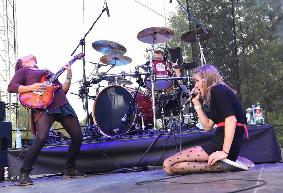 Gaia Mesiah patří mezi kapely, které vystoupí v sérii živých streamovaných koncertů z Paláce Akropolis.