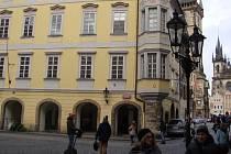 V srdci Prahy byl devět let nevyužit blok radničních domů. Nyní chce budovy hlavní město využít pro zrod centra kultury a kreativity.