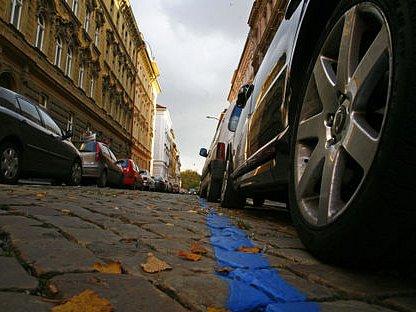 PLATÍM, PLATÍŠ, PLATÍME. Do městské pokladny přispěli parkující řidiči částkou přesahující 135 milionů korun.