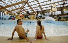 Půlroku otevřený aquapark Aquapalace v pražských Čestlicích možná změní majitele. Generální ředitel společnosti SPG Group, která park vlastní, Pavel Sehnal to však vyvrací.