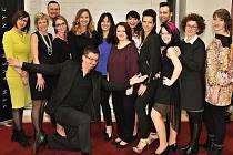 Realizační tým čtvrtého ročníku Proměn s Deníkem. Šesti dámám se v roce 2015 dostane stejné péče týmu profesionálů.