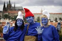 Průvod Šmoulů prošel 10. srpna centrem Prahy.