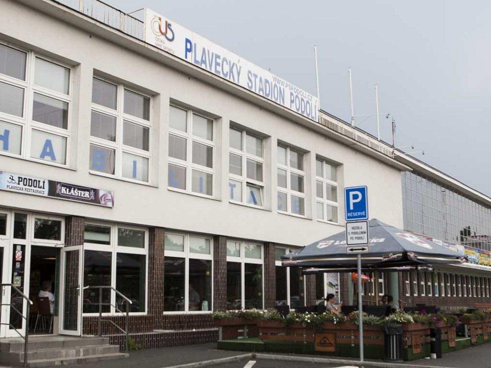 Plavecký stadion Podolí. Ilustrační foto.