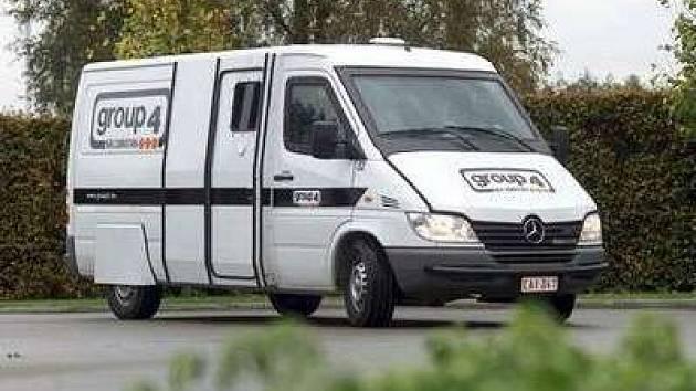 Vozidlo bezpečnostní agentury Group 4 Securitas vezlo v době loupeže přes 150 milionů korun.