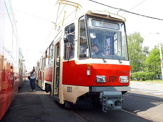 Historická tramvaj KT4D jela Prahou.