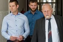Lukáš Kočer a Petr Michálek a obhájce Eduard Bruna.