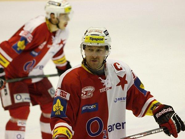 Útočník hokejové Slavie Praha Tomáš Vlasák.