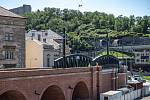 Novináři si mohli prohlédnout zrekonstruovaný Negrelliho viadukt v centru Prahy 29. května 2020.