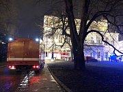 Hasiči zasahovali při požáru na pražském Žofíně