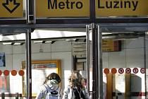 Stanice metra Lužiny. Ilustrační foto.