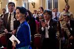 Nositelka Nobelovy ceny za mír Su Ťij vystoupila 16. září na Foru 2000 v Praze