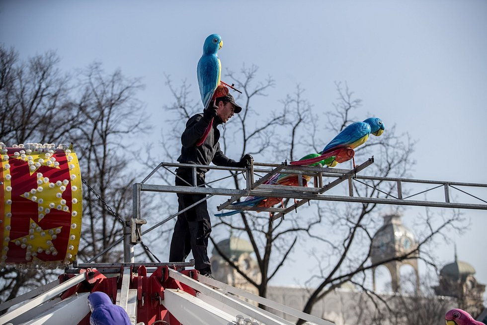 Přípravy na Matějskou pouť probíhaly 21. února na Výstavišti v Praze.
