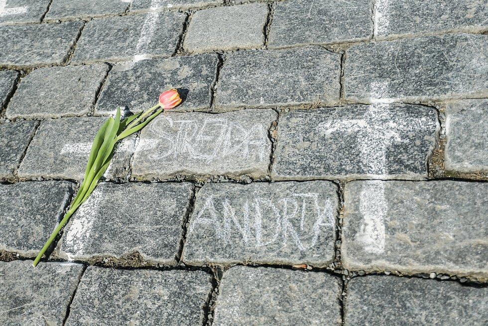 Pietní místo za oběti covidu na Staroměstském náměstí.