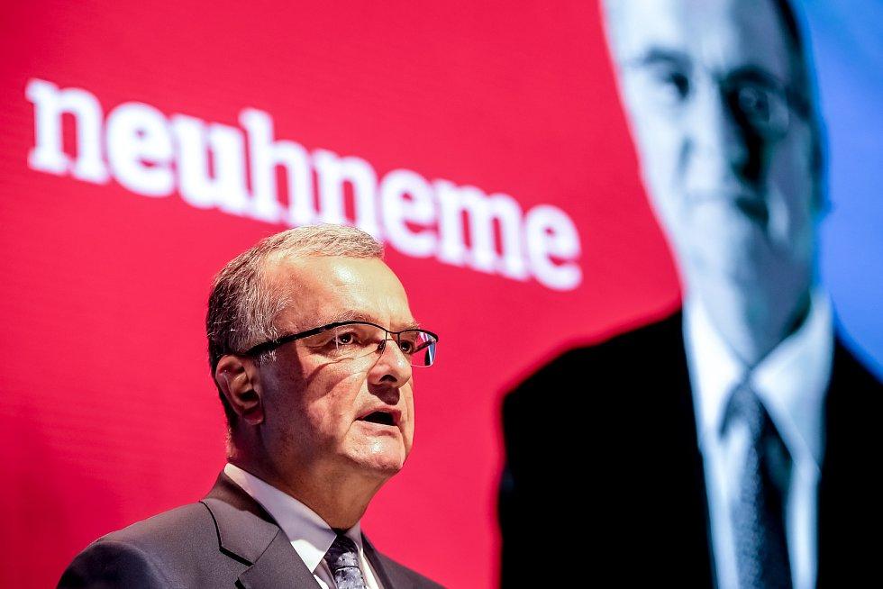TOP 09 představila 30. května v Praze svoji volební kampaň do podzimních voleb. Na snímku předseda MIroslav Kalousek.