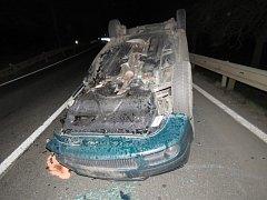 Nehoda se zraněním.