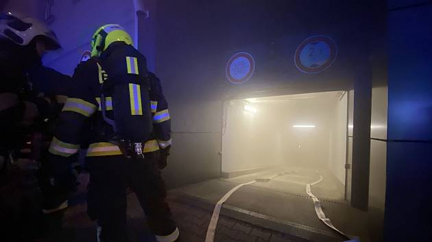 Požár hotelu v Radlické ulici.