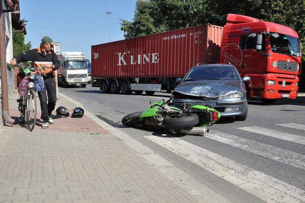 Dopravní nehoda v Zálesí na Praze 4