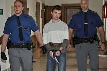 Odsouzený by si měl odsedět šest let ve věznici. Verdikt ale zatím není pravomocný.