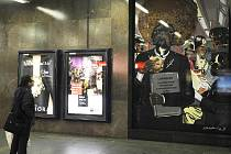 Projekt Umění v metru byl 26. října v Praze zahájen prvotní instalací Komiks v metru. Na snímku je instalace Kateřiny Bažantové s názvem Ktaiwanita, kterou je možno vidět ve stanici I.P.Pavlova.