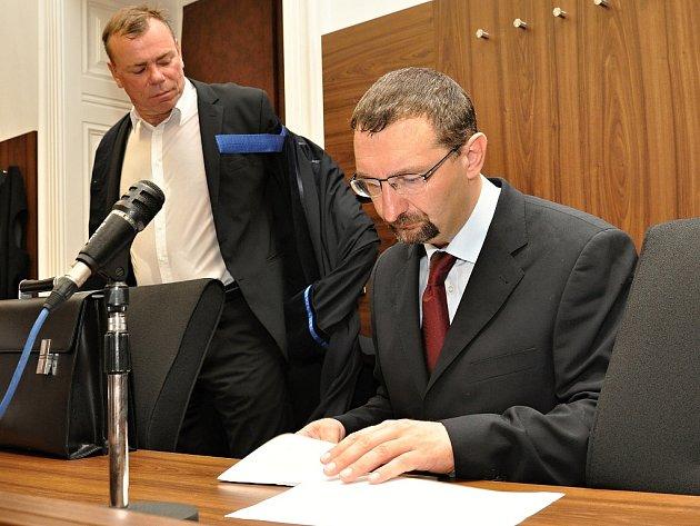 Za léčení opiátem dostal pražský lékař Pavel Brejla trest v podobě 7,5 roku vězení.