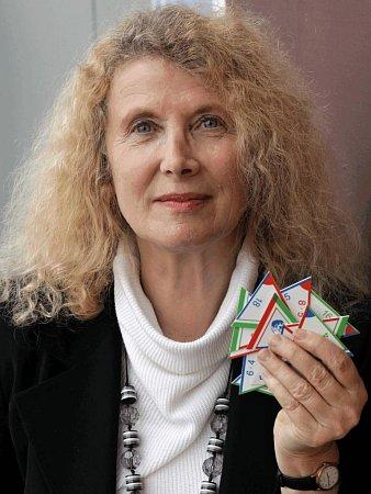 Dana Steinová, Centra celoživotního vzdělávání.