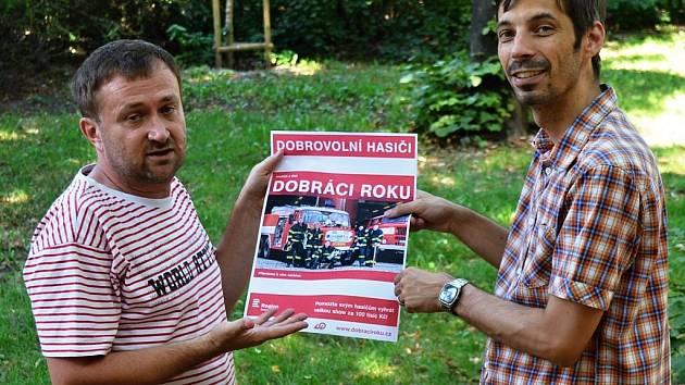 Pavel Kozler (vpravo) programový šéf rádia Český rozhlas Region, a Jiří Macek, divizní šéfredaktor Deníků ve středních Čechách a v Praze.