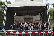 The Tap-Tap - slaňování z Nuselského mostu, koncert pod mostem, 13.5.2017