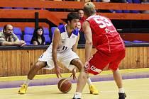 Ani snaha basketbalisty Michala Mareše na výhru USK Praha nestačila.