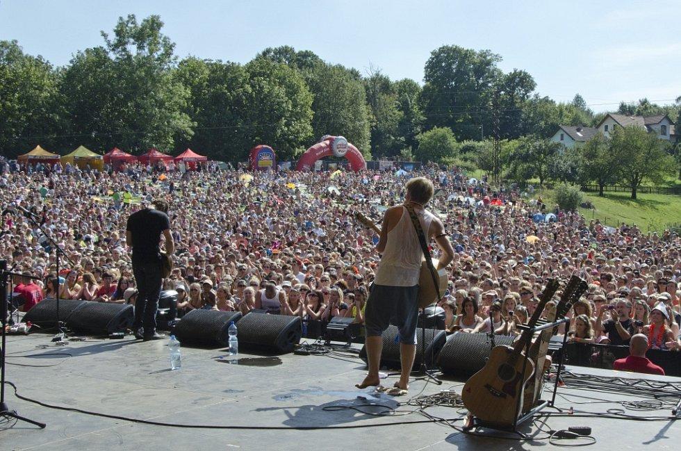 Z open air festivalu Okoř.