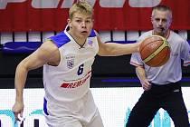 ROZEHRÁVAČ basketbalistů USK Praha Michal Šotnar.