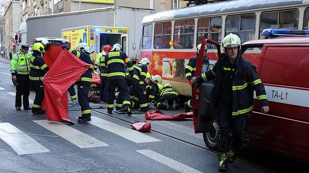 Mobilní aplikace má předcházet tragickým střetům tramvají s chodci.