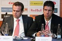 Předseda představenstva společnosti SK Slavia Praha – fotbal a.s. Tomáš Rosen spolu s členem představenstva Petrem Doležalem.