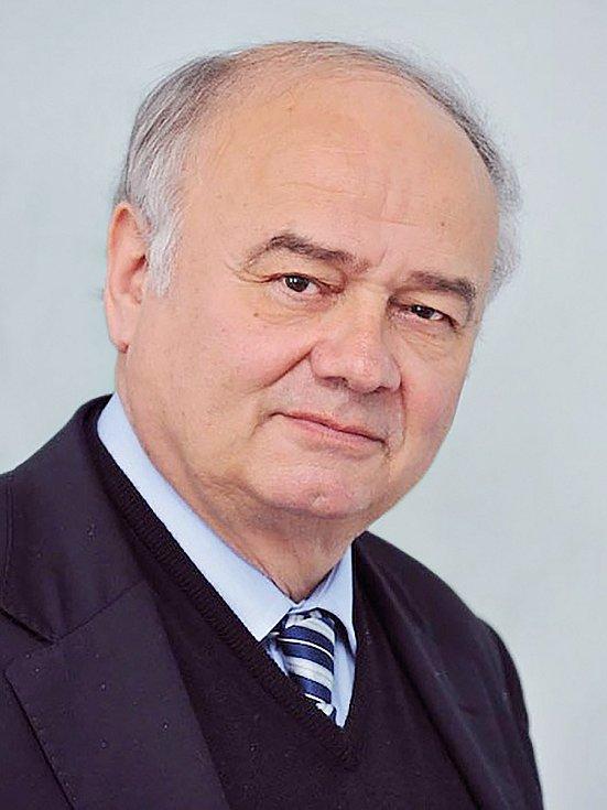 Bývalý řčditel IKEM a lékař Jan Malý.