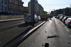 Nehody sanitek v Košířích.