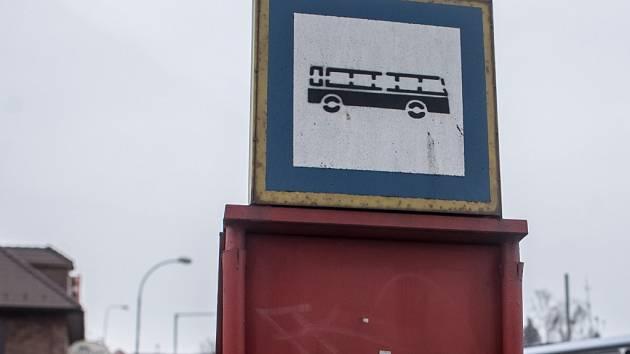 Zastávka autobusu. Ilustrační foto.