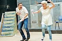 Skvělá nálada provázela závěrečné přípravy na muzikál Adam a Eva v Divadle Broadway v Praze.