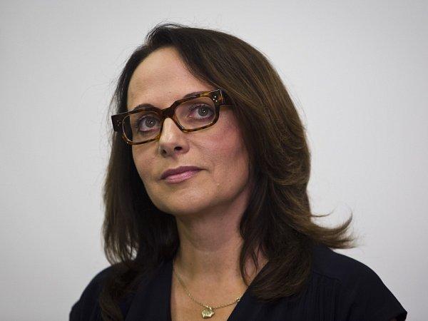 Kandidátka na pražskou primátorku Adriana Krnáčová po příchodu do volebního sídla ANO, 11.října vPraze.