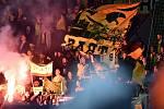 Fanoušci fotbalistů Dortmundu. Slavia Praha - Borussia Dortmund, utkání 2. kola základní skupiny F fotbalové Ligy mistrů, 2. října 2019 v Praze.