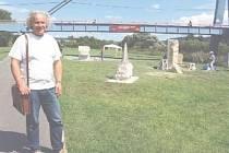 Pořádající sochař Petr Váňa