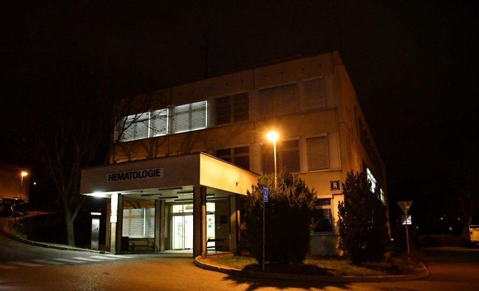 Střelba ve vinohradské nemocnici.