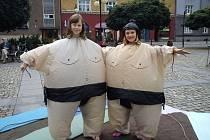 Vypůjčit si můžete i sumo kostým.