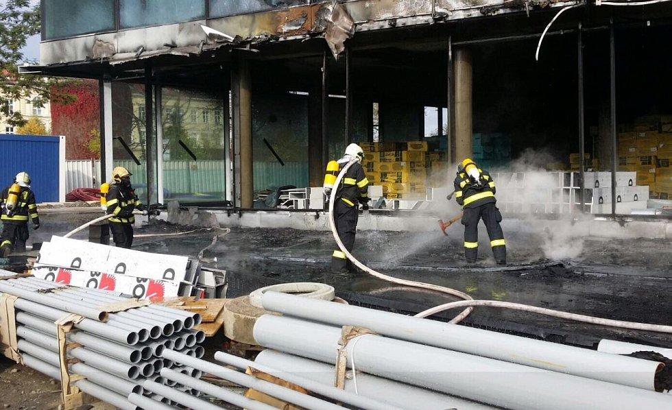 Požár v Holešovicích.