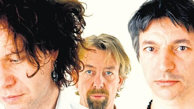 MLADÍ BOZI. The Young Gods představí v Praze dva novátorské hudební projekty.
