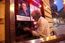 Vinohradské divadlo si připomíná úmrtí svojí herecké legendy Jiřiny Jiráskové