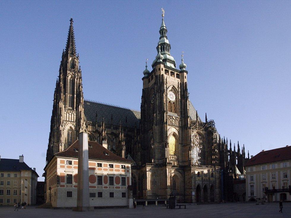 Na katedrále svatého Víta bychom chrličů napočítali 134. První tu vznikly už ve 14. století.